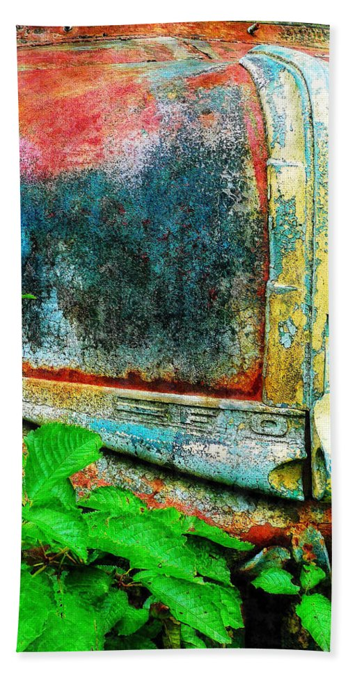 Old Hand Towel featuring the painting Old Ford #1 by Sandy MacGowan