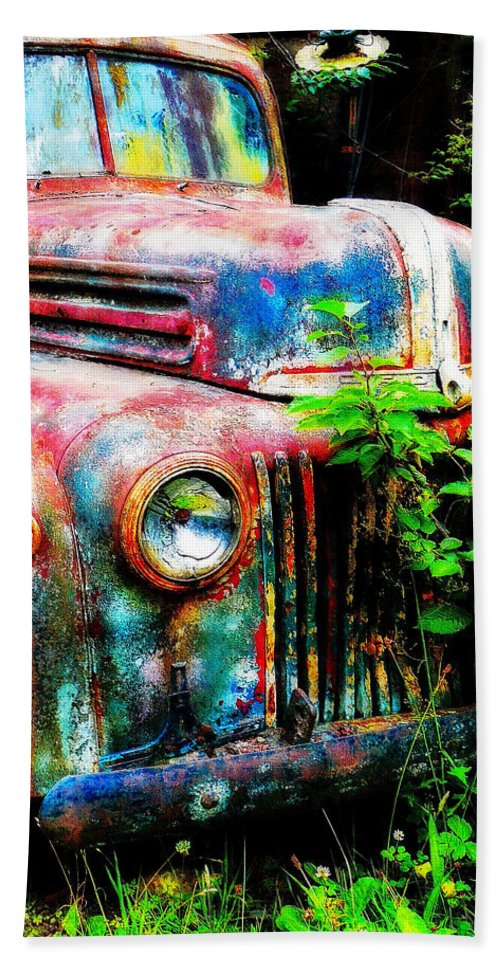 Old Hand Towel featuring the painting Old Ford #2 by Sandy MacGowan