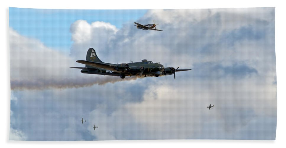 B-17 Hand Towel featuring the photograph Old Hickory's Last Trip by Gary Eason