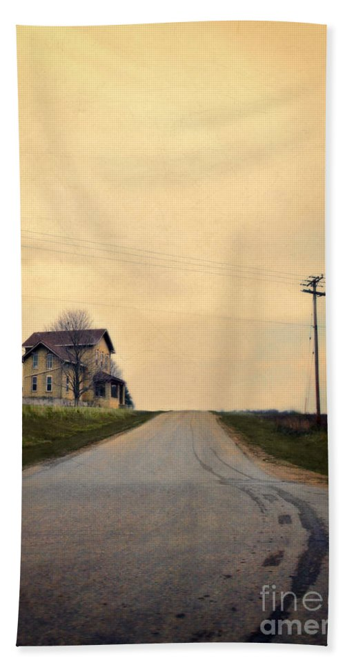 House Hand Towel featuring the photograph Old House On Country Road by Jill Battaglia