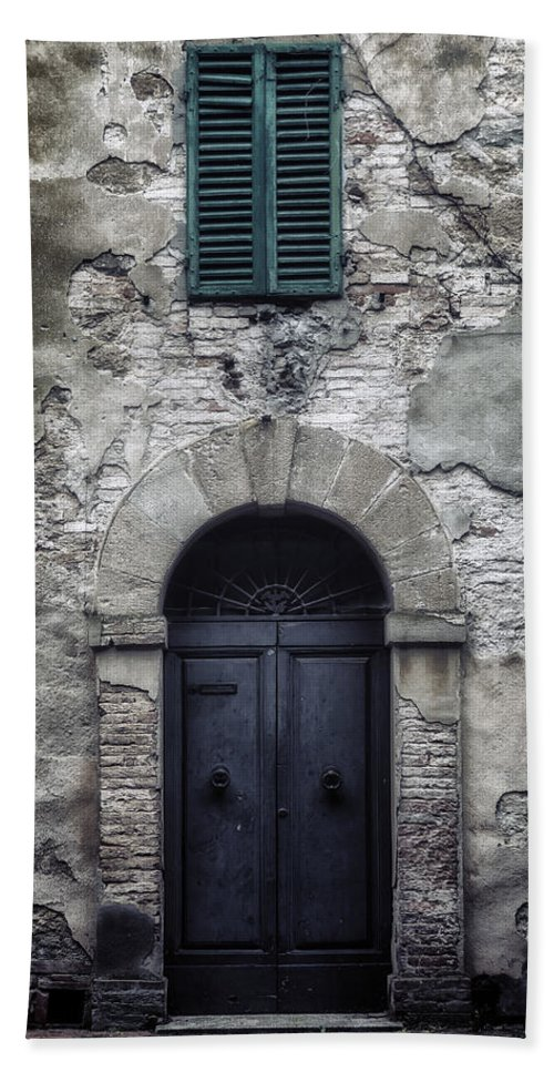 Door Hand Towel featuring the photograph Old Italian House by Joana Kruse