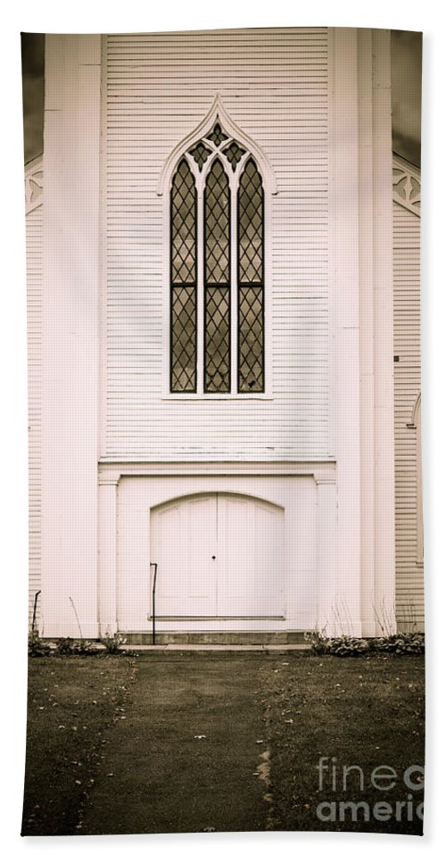 Clapboard Hand Towel featuring the photograph Old New England Gothic Church by Edward Fielding