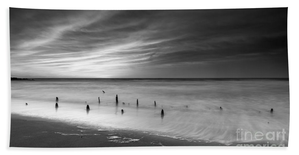 New Jersey Sunrise Landscape Hand Towel featuring the photograph Old Piling Bw by Michael Ver Sprill