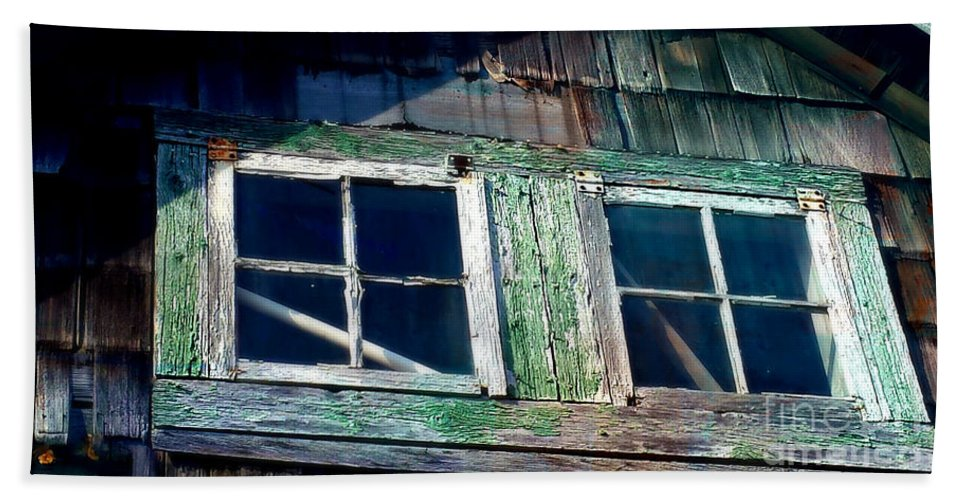 Window Hand Towel featuring the photograph Old Salt Window by Beth Ferris Sale