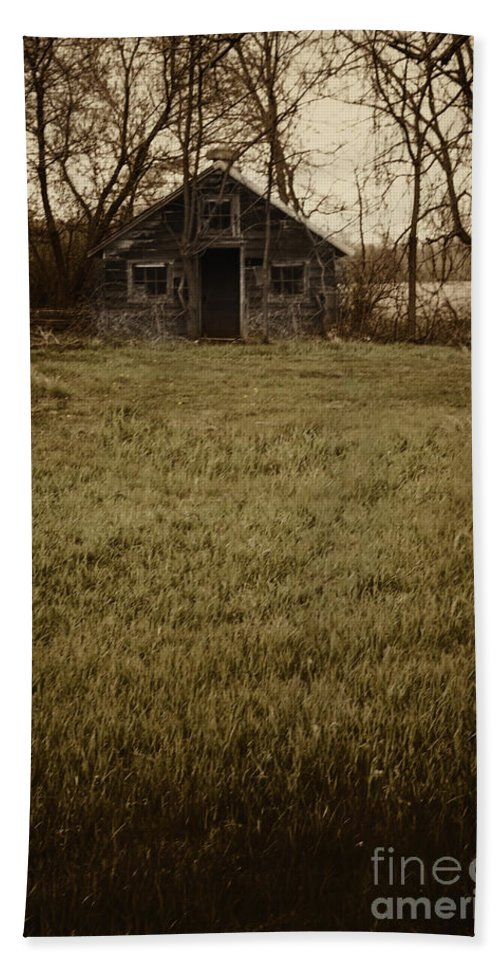 Old Hand Towel featuring the photograph Old Shed by Margie Hurwich
