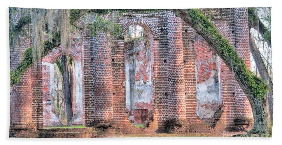 Old Sheldon Church Bath Sheet featuring the photograph Old Sheldon Church Right Side by Scott Hansen
