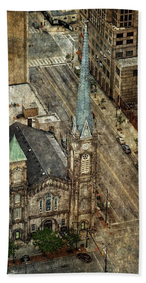 Old Stone Church Hand Towel featuring the photograph Old Stone Church by Dale Kincaid