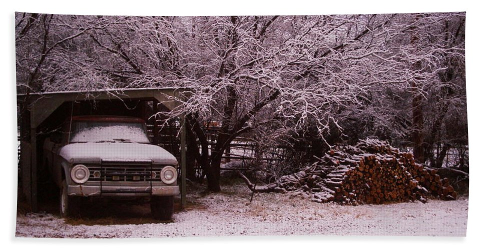 Truck Hand Towel featuring the photograph Old Truck In The Snow by David S Reynolds
