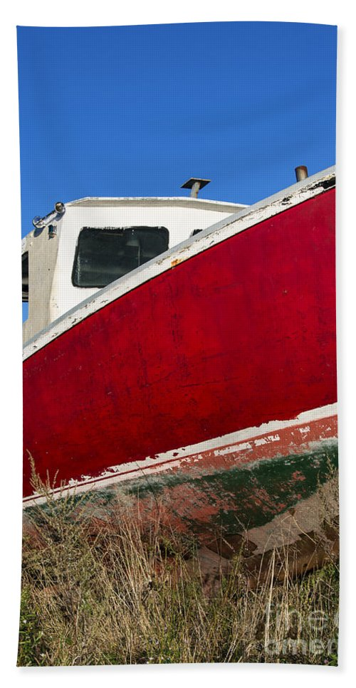 Abandoned Hand Towel featuring the photograph Old Weathered Boat by John Greim