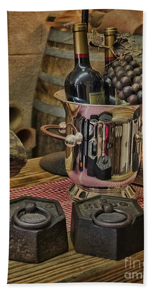Palma Hand Towel featuring the photograph Old Wine by Gillian Singleton