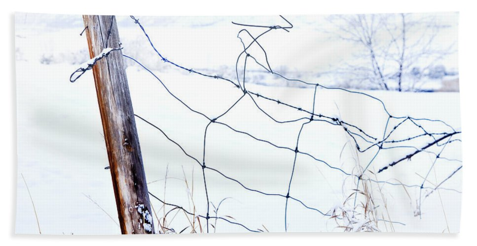 Winter Hand Towel featuring the photograph Old Wire Fence by Theresa Tahara