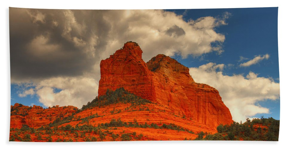 Red Rocks Hand Towel featuring the photograph One Sedona Sunset by Hany J