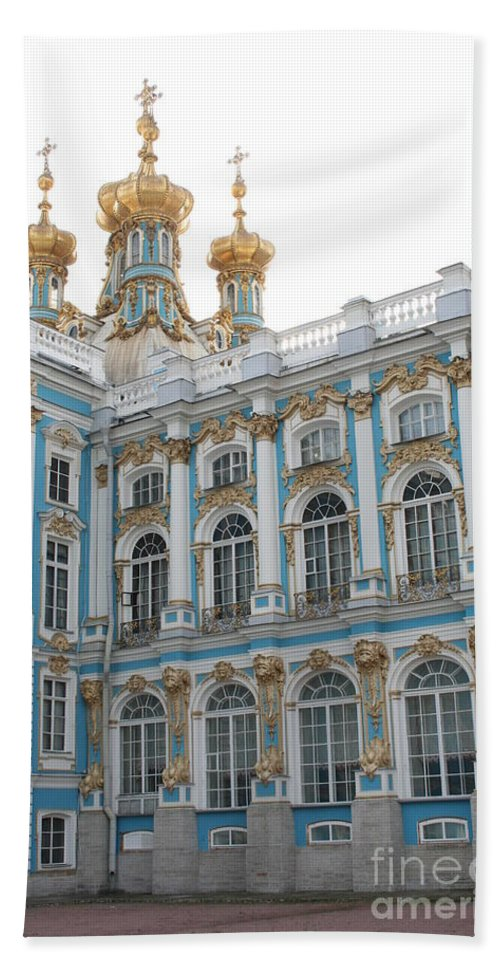 Palace Hand Towel featuring the photograph Onion Domes - Katharinen Palace - Russia by Christiane Schulze Art And Photography
