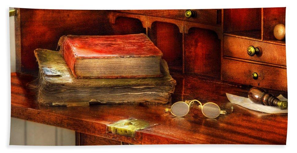 Optometrist Bath Sheet featuring the photograph Optometrist - Glasses - The Secretary by Mike Savad