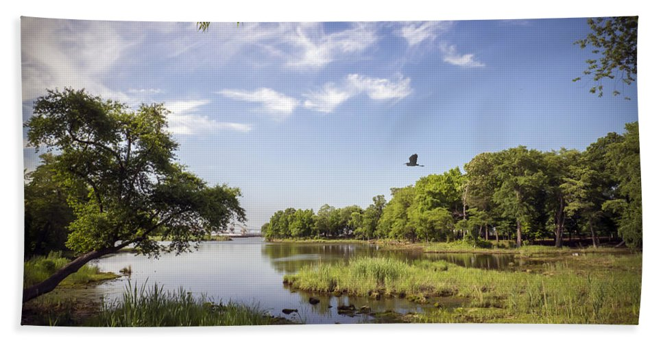 2d Hand Towel featuring the photograph Orchard Beach by Brian Wallace