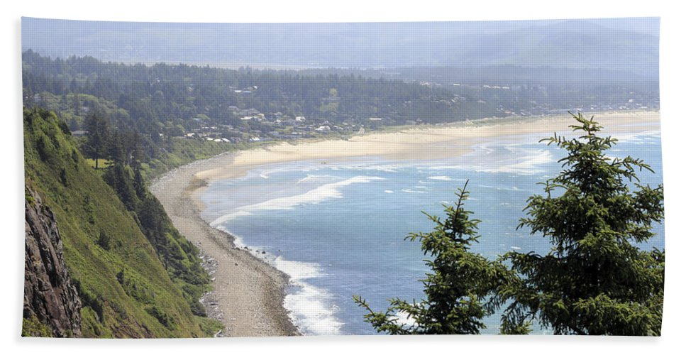 Manzanita Bath Sheet featuring the photograph Oregon Coast View by Lee Serenethos