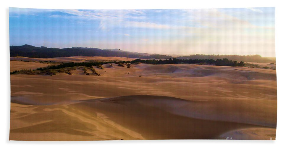 Oregon Dunes Hand Towel featuring the photograph Oregon Dunes Landscape by Adam Jewell