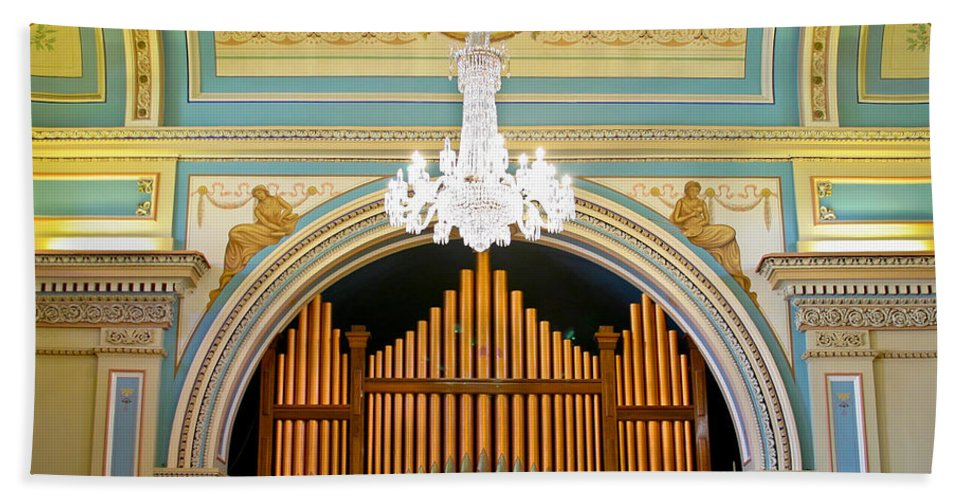 Organ Bath Sheet featuring the photograph Organ And Ceiling by Jenny Setchell