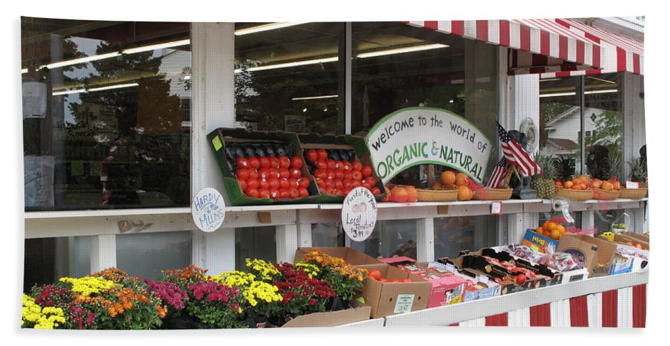 Produce Bath Towel featuring the photograph Organic And Natural by Barbara McDevitt