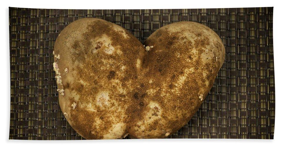 Potato Hand Towel featuring the photograph Organic Valentine by Les Palenik