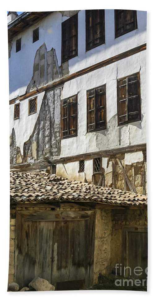 Ottoman House Houses Structure Structures Architecture Building Buildings Yoruk Village Safranbolu Turkey Cityscape Cityscapes Window Windows Shutter Shutters City Cities Villages Bath Sheet featuring the photograph Ottoman Doors And Windows by Bob Phillips