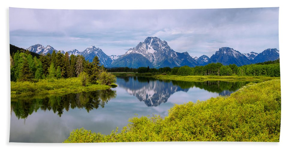 Oxbow Summer Hand Towel featuring the photograph Oxbow Summer by Chad Dutson