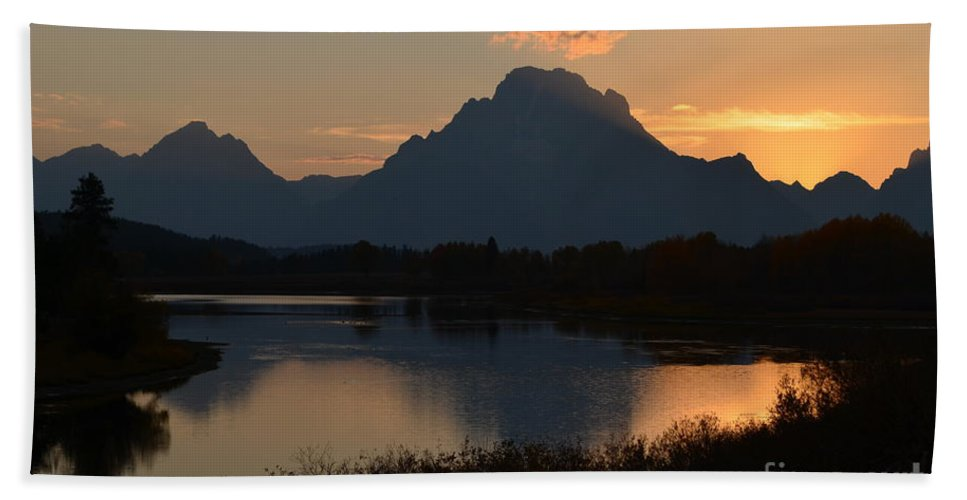 Sunset Bath Sheet featuring the photograph Oxbow Sunset by Deanna Cagle