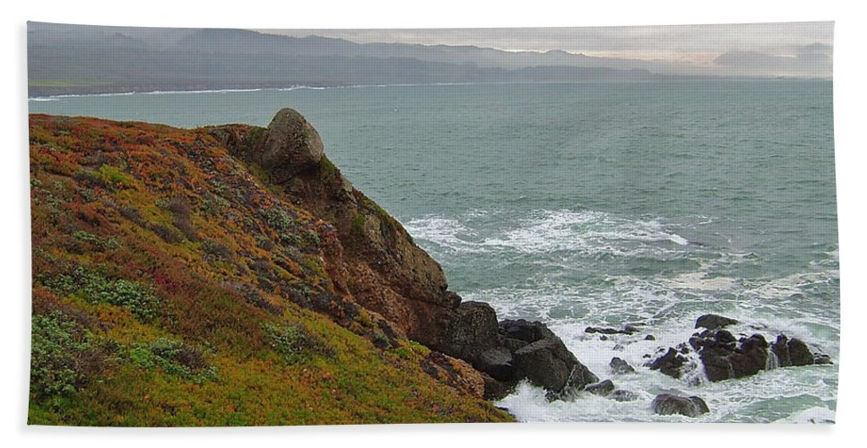 Headland Bath Sheet featuring the photograph Pacific Coast Colors by Susan Wyman