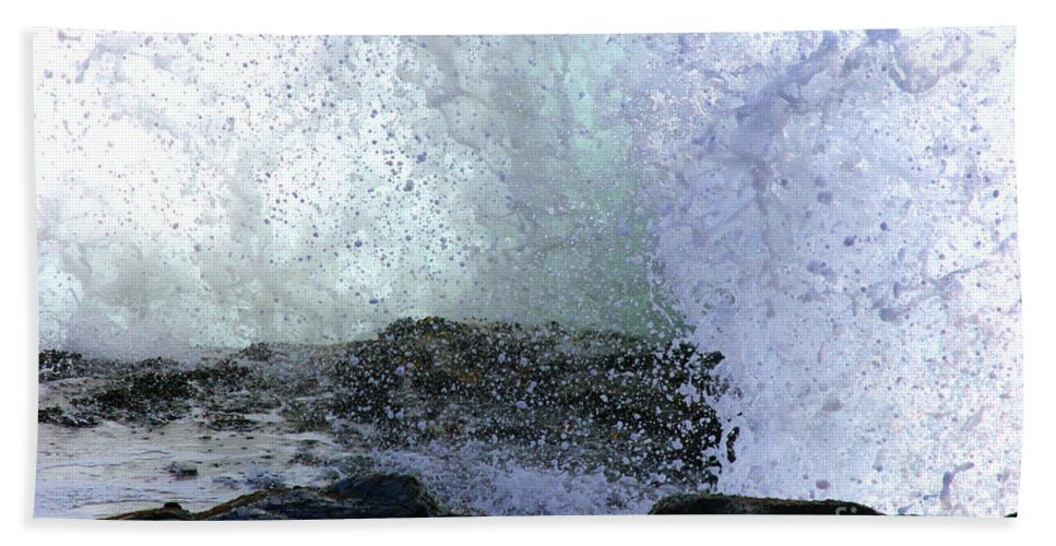 Coastal Photos Hand Towel featuring the photograph Pacific Ocean Wave Splash by Tap On Photo
