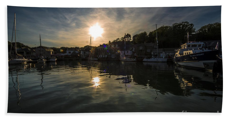 Padstow Hand Towel featuring the photograph Padstow Dusk by Rob Hawkins