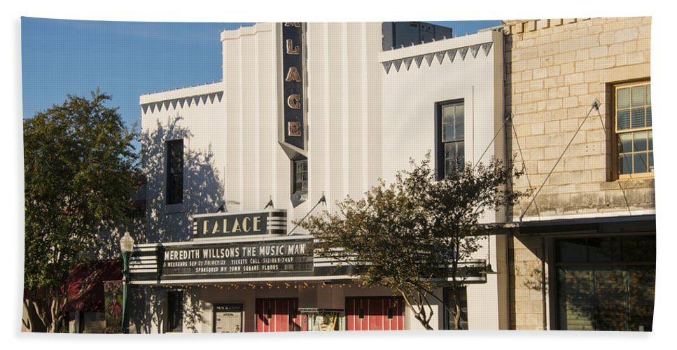 Palace Theater Hand Towel featuring the photograph Palace Theater --- Georgetown Texas by Bob Phillips