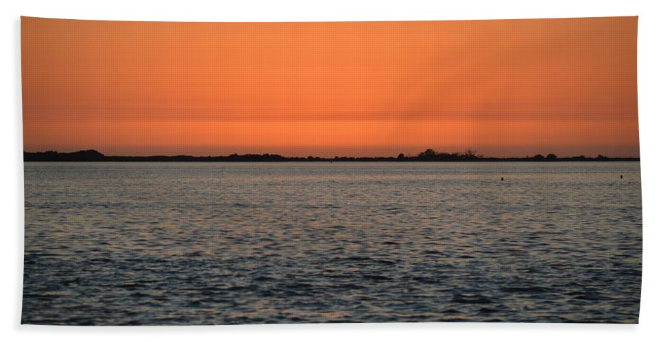 Palm Harbor Hand Towel featuring the photograph Palm Harbor Sunset by Linda Kerkau