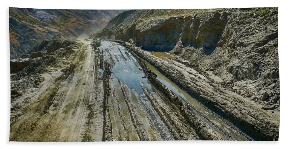 Bath Sheet featuring the photograph Pamir Alay Road by Karla Weber