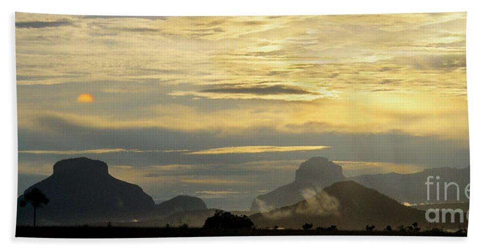 Venezuela Bath Towel featuring the photograph Panorama Sunset Aparaman And Towyen Tepuis Kavak Venezuela by Dave Welling