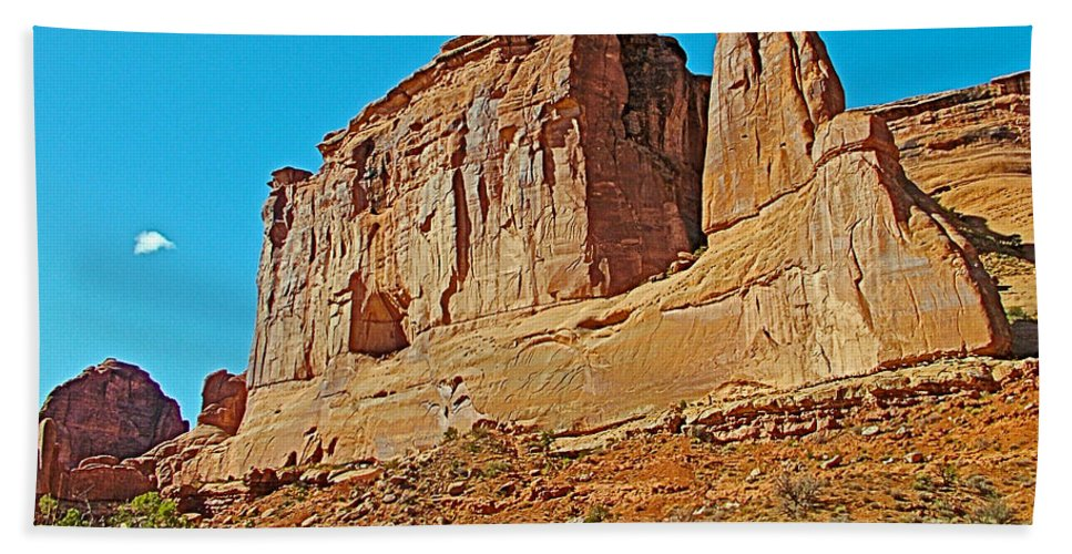 Park Avenue In Arches National Park Hand Towel featuring the photograph Park Avenue In Arches National Park-utah by Ruth Hager