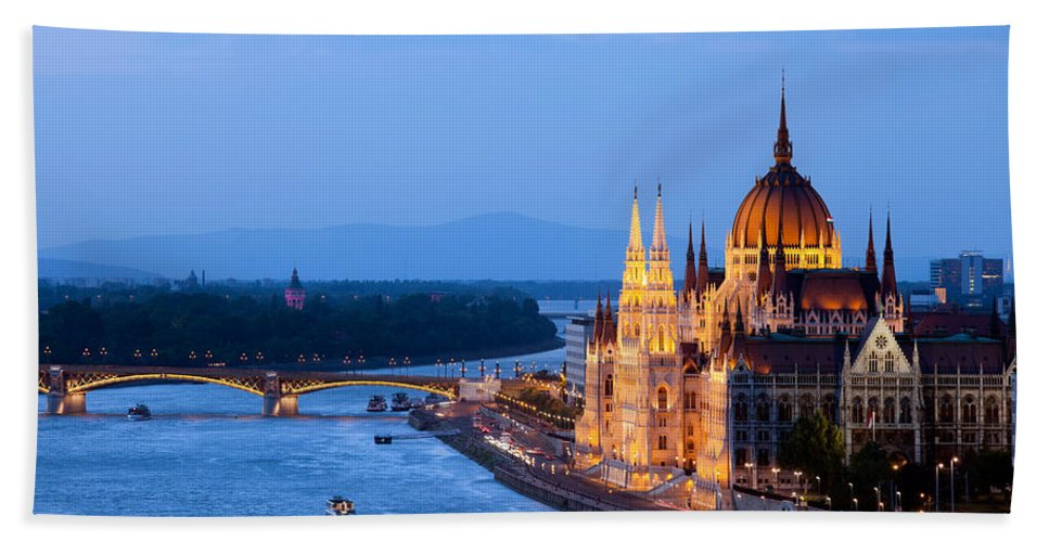 Budapest Bath Sheet featuring the photograph Parliament Building In Budapest At Evening by Artur Bogacki