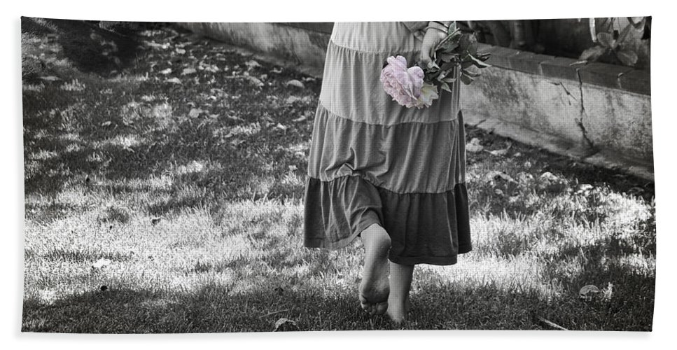 Passage Bath Sheet featuring the photograph Passage To Faeryland by Diana Haronis