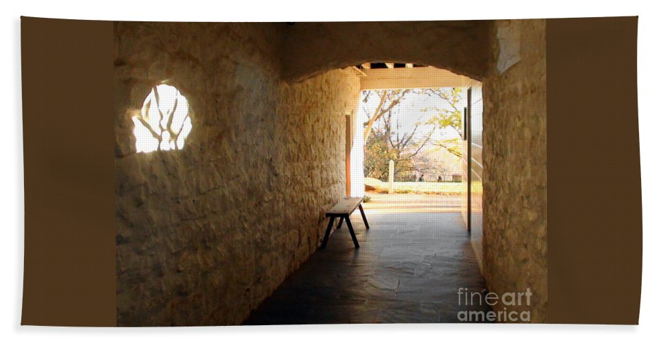 Photo Hand Towel featuring the photograph Passageway At Monticello by Karen Francis
