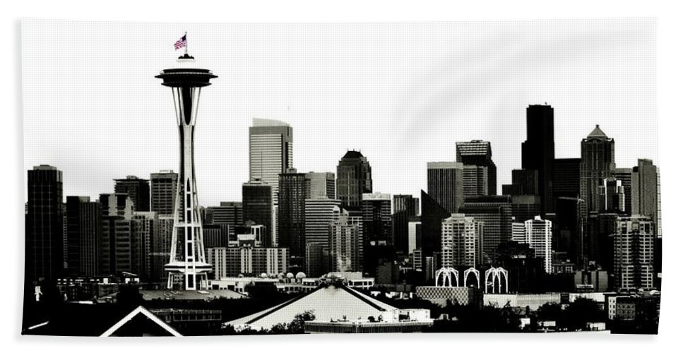 Seattle Bath Sheet featuring the photograph Patriotic Seattle by Benjamin Yeager