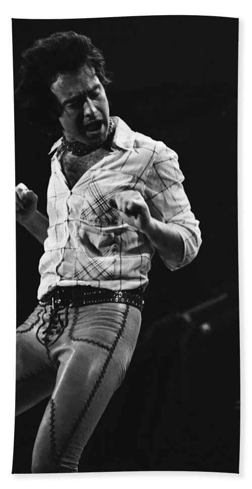 Paul Rodgers Bath Sheet featuring the photograph Paul Rocks Steady In Spokane In 1977 by Ben Upham