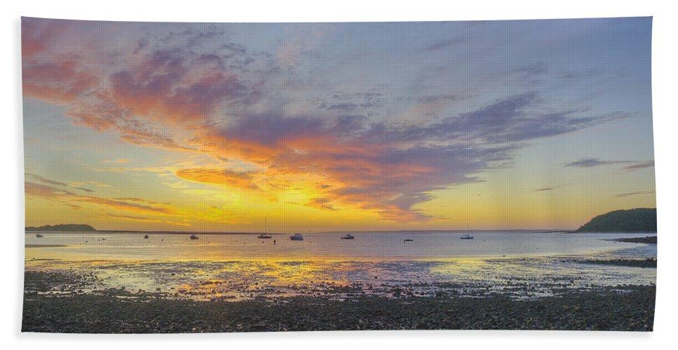 Ipswich Bath Sheet featuring the photograph Pavilion Sunrise by David Stone
