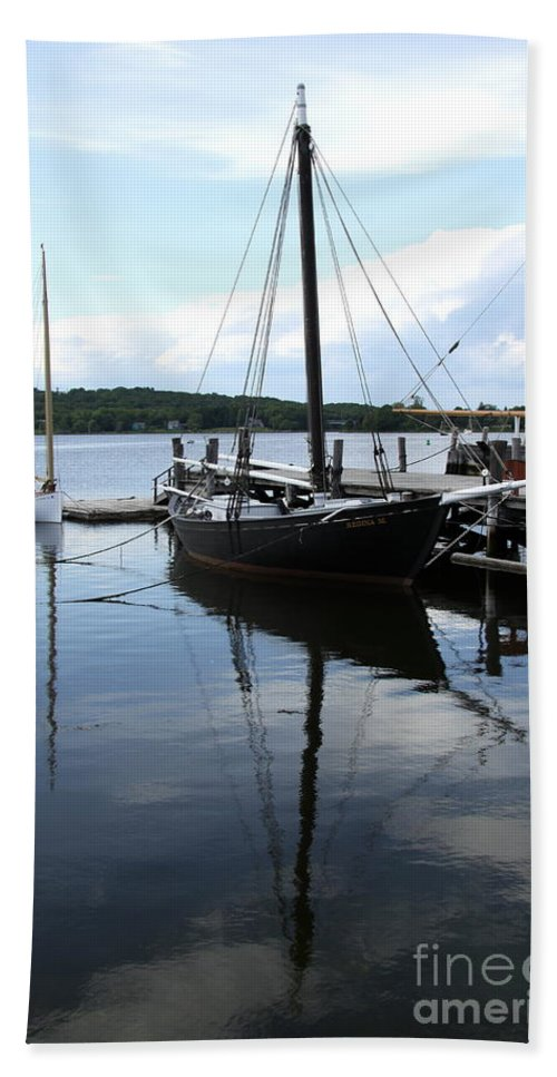Peaceful Harbor Hand Towel featuring the photograph Peaceful Harbor Scene - Ct by Christiane Schulze Art And Photography