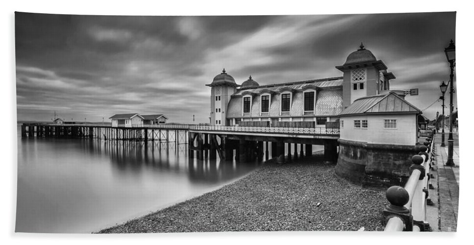 Penarth Pier Hand Towel featuring the photograph Penarth Pier 1 Mono by Steve Purnell