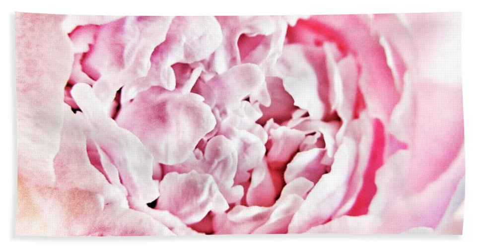 Peony Hand Towel featuring the photograph Peony by Marianna Mills
