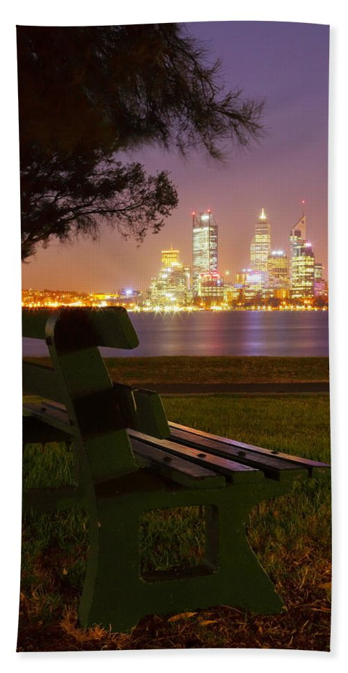 Perth Hand Towel featuring the photograph Perth 2am-004262 by Andrew McInnes