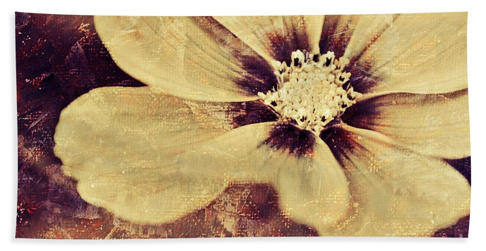 Yellow Bath Sheet featuring the photograph Petaline - T37d03a3 by Variance Collections