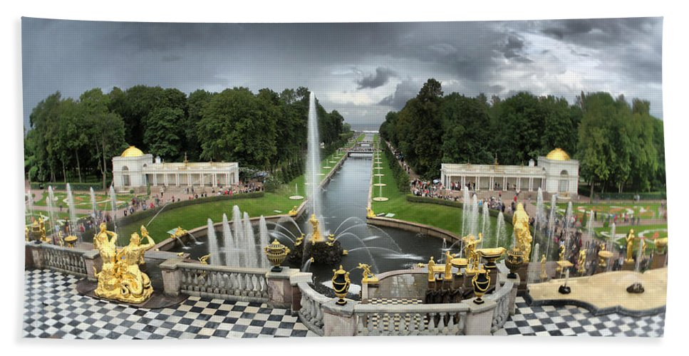 Antique Bath Sheet featuring the photograph Peterhof Palace by Michael Goyberg