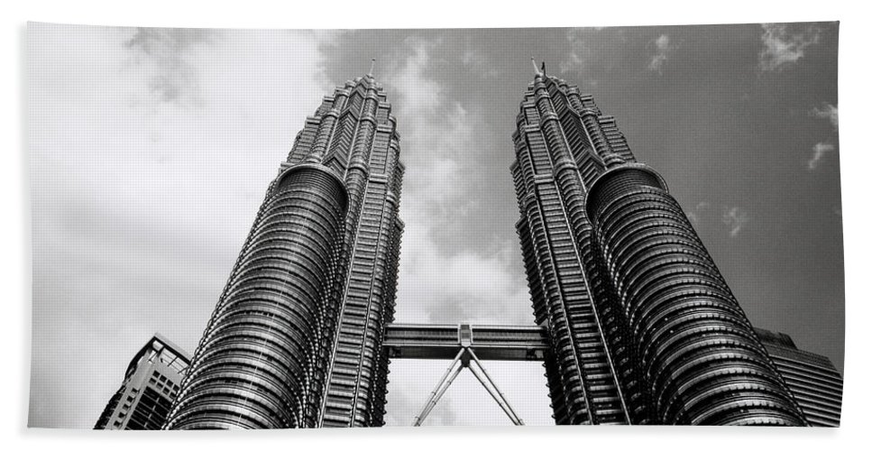 Petronas Towers Bath Sheet featuring the photograph Petronas Vertigo by Shaun Higson