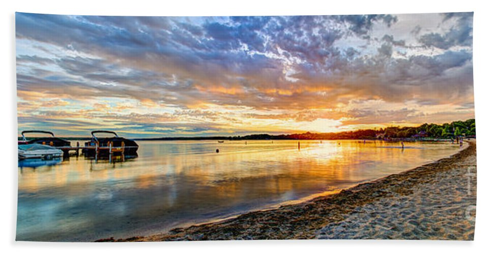 Beach Hand Towel featuring the photograph Pewaukee Vibrant Evening by Andrew Slater