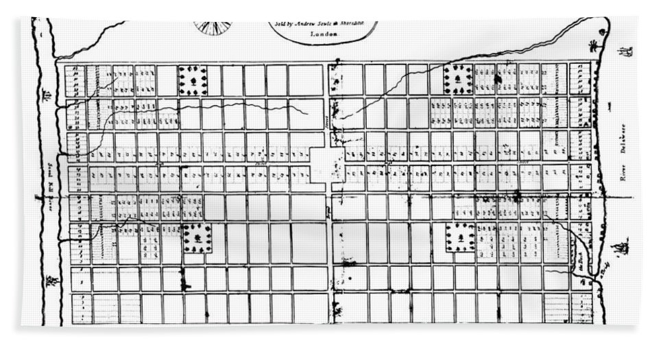 1683 Bath Towel featuring the photograph Philadelphia: Map, 1683 by Granger